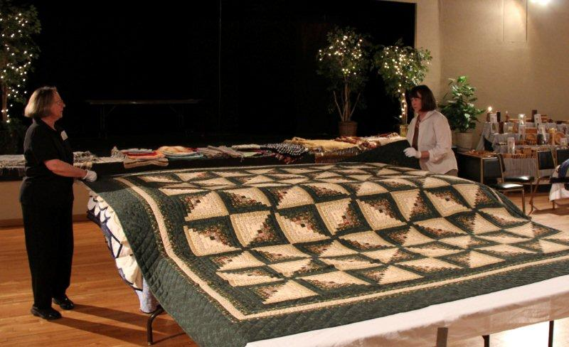 july-2011-066-quilt-show