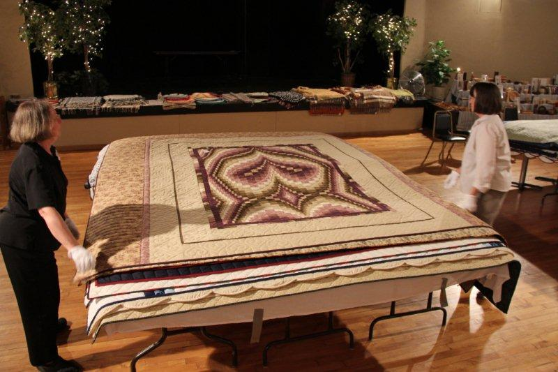 july-2011-085-quilt-show
