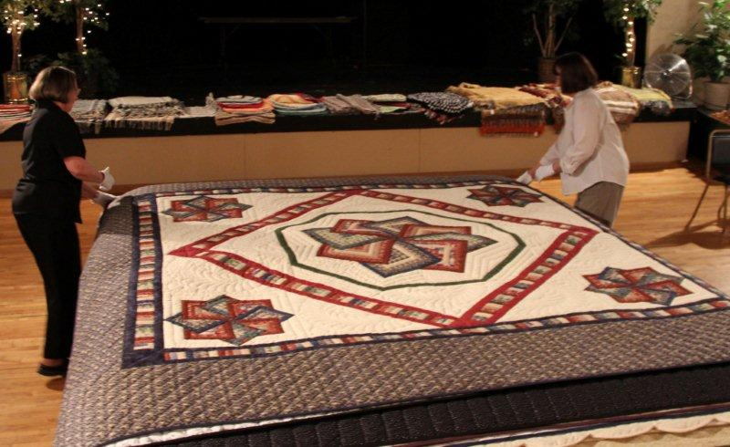 july-2011-098-quilt-show