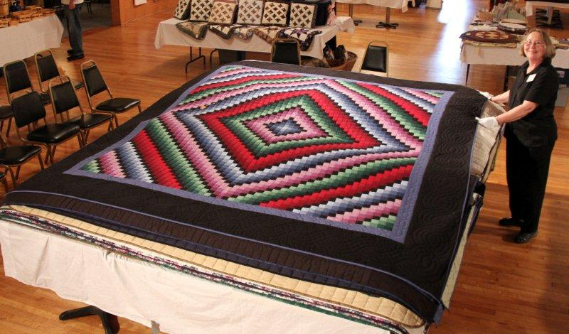 july-2011-118-quilt-show
